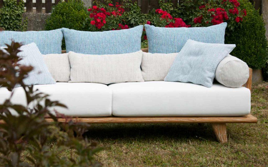 Outdoor- und Gartenmöbel aus recyceltem Teakholz in tollen Designs